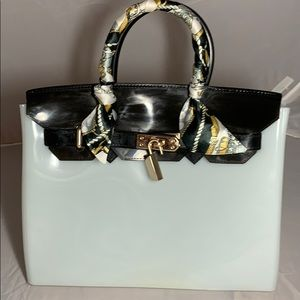 Handbags - Jelly lux look purse -black and white